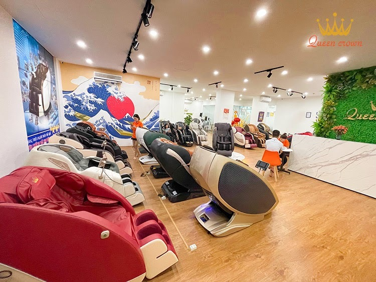 Hệ thống showroom ghế massage giá rẻ Queen Crown