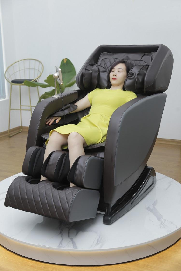 Chất liệu da PU cao cấp Ghế massage Queen Crown QC SL11