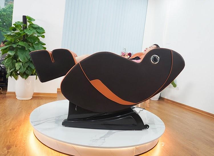 Queen Crown QC T19 tích hợp tính năng massage không trọng lực hiện đại